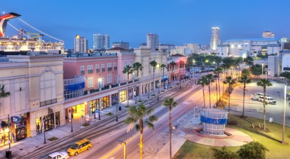ChannelsideBayPlaza 420x230 Tampa Shopping