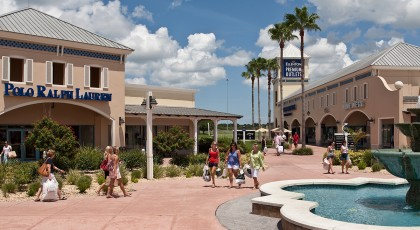 TampaPremiumOutlet 420x230 Tampa Shopping