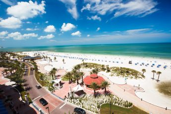 clearwater beach tampa 345x230 Tampa Beach Water Parks